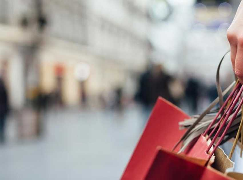 Accruent - Resources - Blog Entries - Retail Trends | 4 Ways Retailers are Growing - Hero