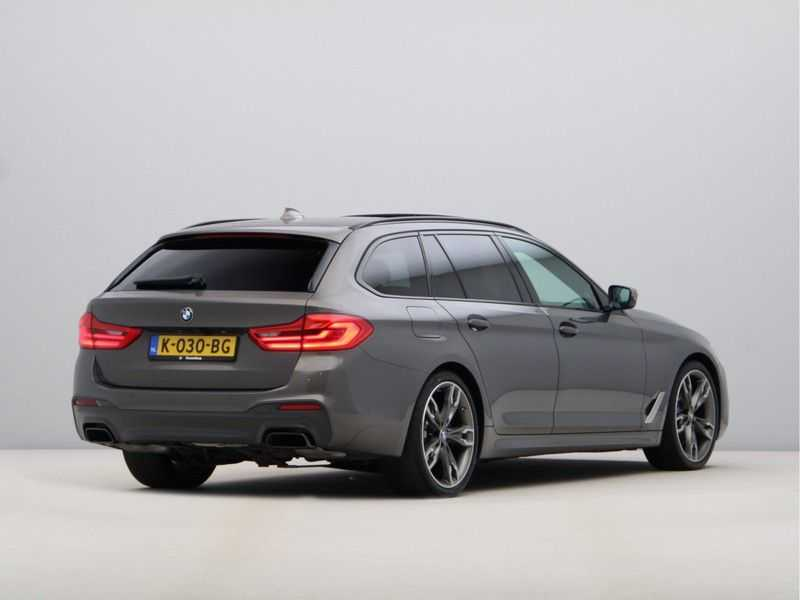 BMW 5 Serie Touring M550d xDrive High Executive Automaat Euro 6 afbeelding 9