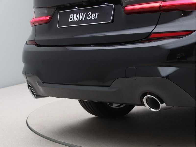 BMW 3 Serie 330e High Exe M-Sport Aut afbeelding 16