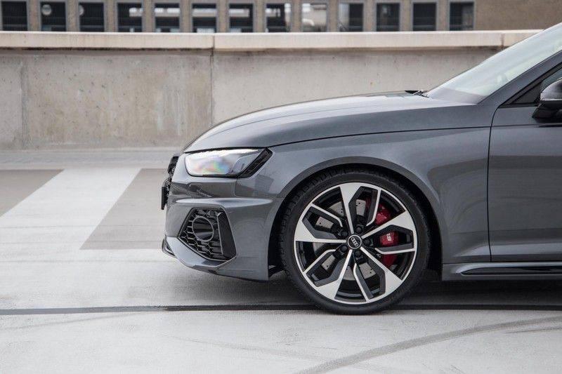 Audi RS4 Avant 2.9 TFSI 450 pk RS 4 quattro   Panoramadak   Assistentiepakket Tour/City   Matrix LED   Bang & Olufsen 3D Sound afbeelding 12