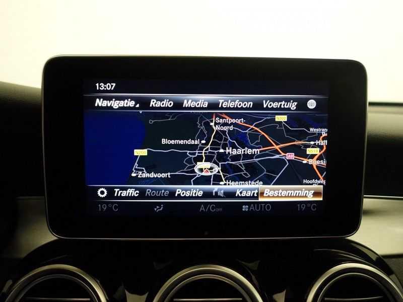 Mercedes-Benz GLC 250D 4MATIC 204pk 9G-Tronic AMG Edition- Panodak, Leer, Navi, Camera afbeelding 4