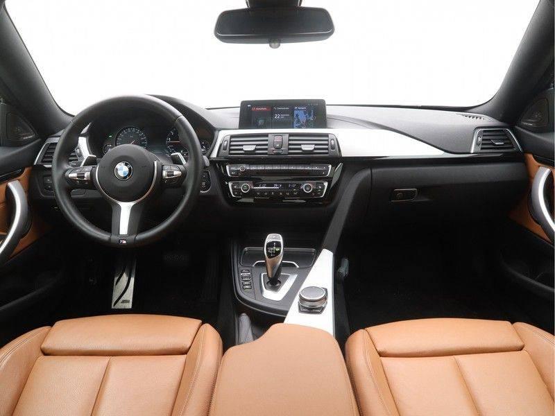 BMW 4 Serie Coupé 440i High Executive M-Sport afbeelding 13