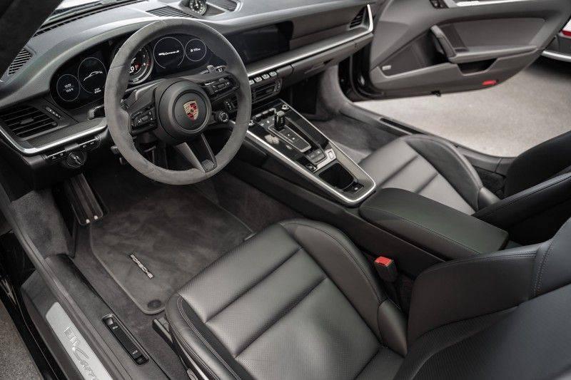 Porsche 911 992 S Sport Design Pakket Sport Chrono Sport Uitlaat Bose Pano 3.0 Carrera S Led Matrix Lift Alcantara Hemel afbeelding 16