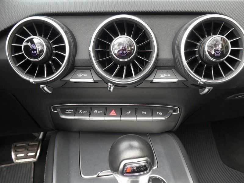 Audi TT TTS Roadster 2.0 TFSI Quattro afbeelding 21
