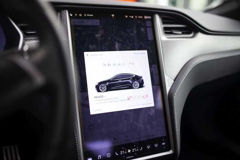 "Tesla Model S 100D Performance *Verb. Autopilot / 21"" LM / Pano* afbeelding 10"