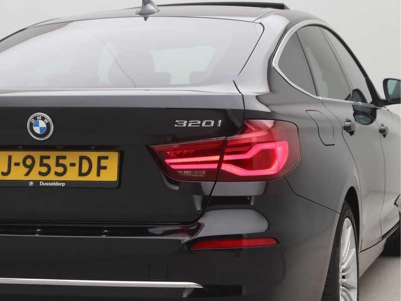 BMW 3 Serie Gran Turismo 320i High Executive Luxury Line Automaat afbeelding 21