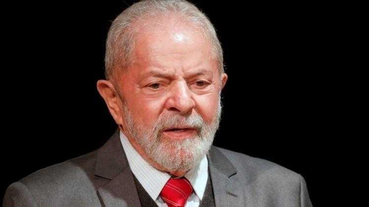 Conversas indicam articulações de Moro com TRF-4 contra Lula, diz defesa