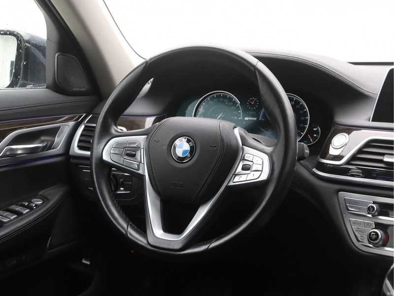 BMW 7 Serie 740Le PHEV High Executive Automaat afbeelding 6