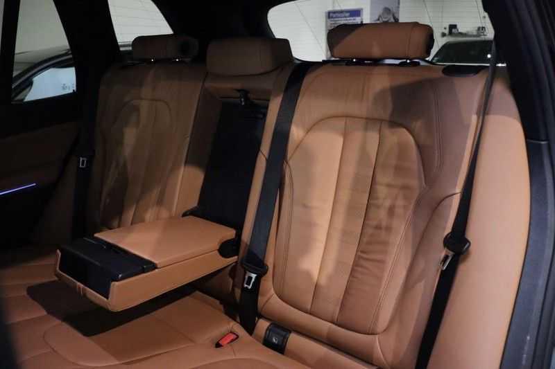 BMW X5 xDrive30d High Ex M-Sport NL|1Eig|22''|Shadow|HuD afbeelding 18