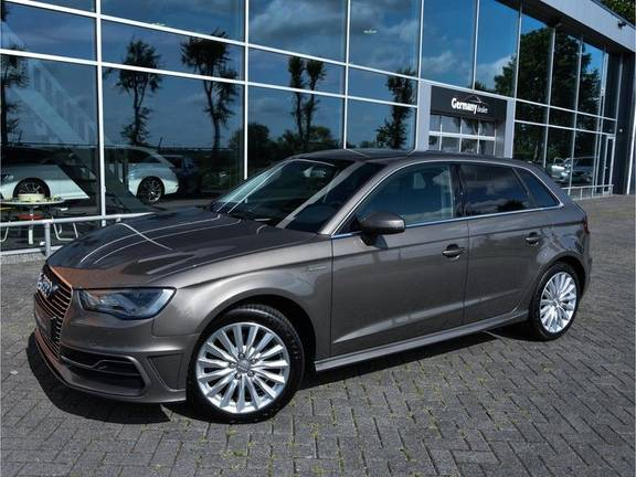 Audi A3 Sportback 1.4 e-tron PHEV Attraction Keyless 17-Inch LED 1e Eig! Clima Cruise Excl.BTW