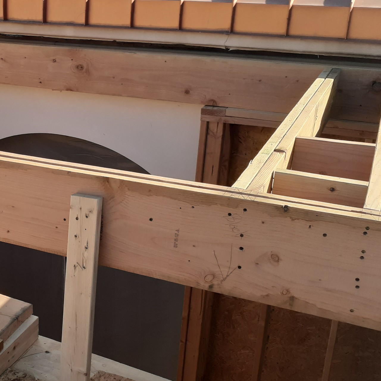 carpentry-wood-framing-second-floor-home-addition--framing-57