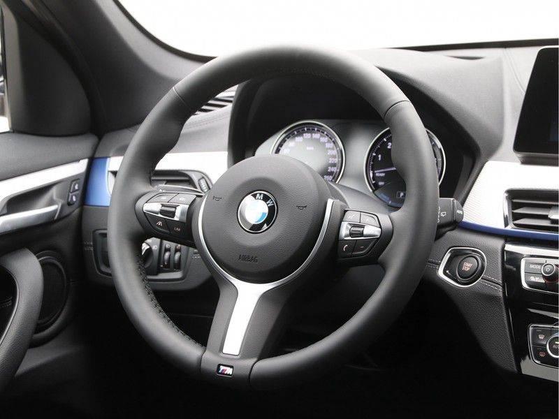 BMW X1 xDrive25e eDrive Edition M-sport afbeelding 2