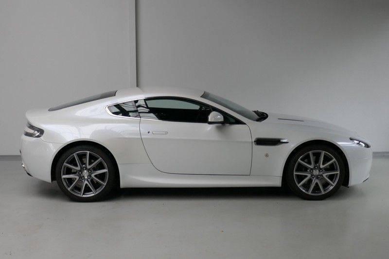 Aston Martin V8 Vantage 4.7 V8 Sportshift Carbon sportstoelen afbeelding 4