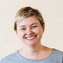 Speaker Profile Photo of Julie Grundy