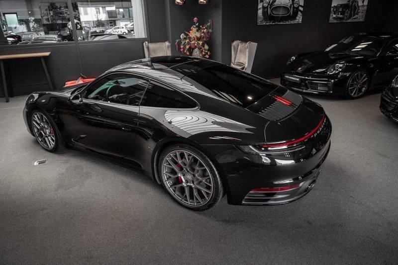 Porsche 911 992 S Coupe Akrapovic Race Cat Sport Chrono Pano Sport Uitlaat Adatieve Sportstoelen 3.0 Carrera S afbeelding 7