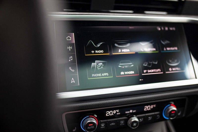 Audi RS Q3 2.5 TFSI Quattro *B&O / Pano / ACC / RS Sportstoelen / Sportuitlaat / Trekhaak* afbeelding 15