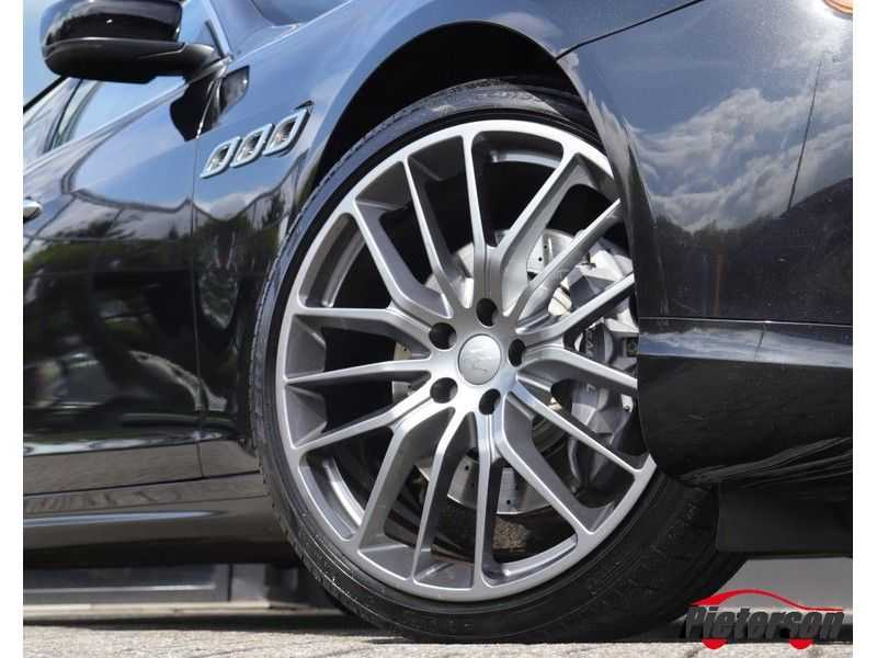 Maserati Quattroporte 3.0 D V6 SCHUIFDAK CAMERA LEDER afbeelding 6