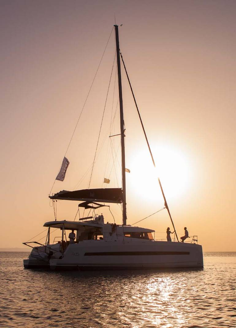 Unmissable highlights of Greek island sailing tours