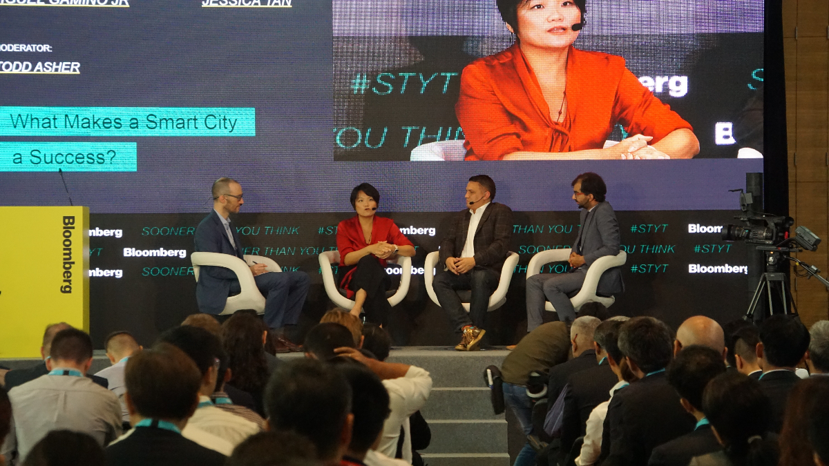 TechNews Bloomberg What Makes a Smart City a Success' panel discussion