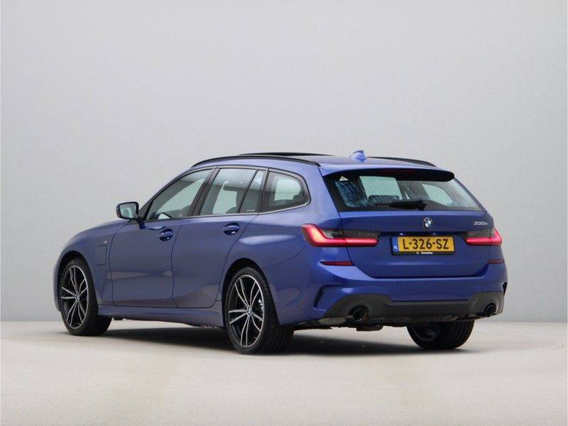 BMW 3 Serie Touring 330e High Executive M-Sport Automaat afbeelding 11