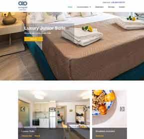 www.akrogialiaparthotel.com