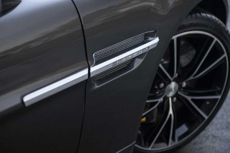 Aston Martin Vanquish Volante 6.0 V12 Touchtronic 2+2 1e eigenaar & NL Geleverd dealer onderhouden afbeelding 16