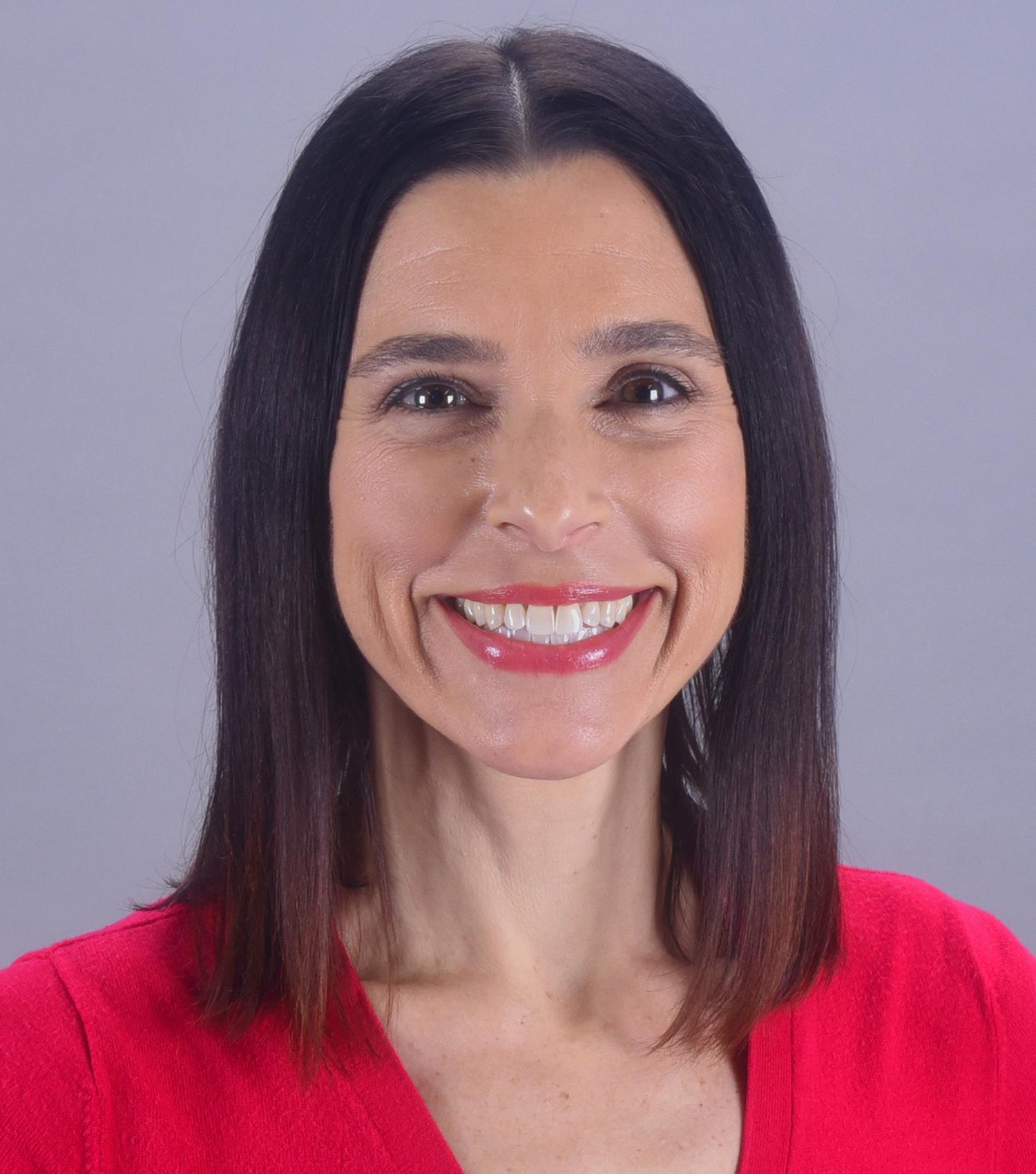 Molly Setzer Headshot