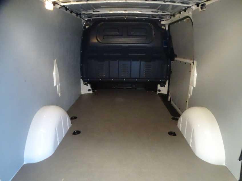 Mercedes-Benz eVito eVito Lang Edition MARGE Navigatie Camera Airconditioning afbeelding 4
