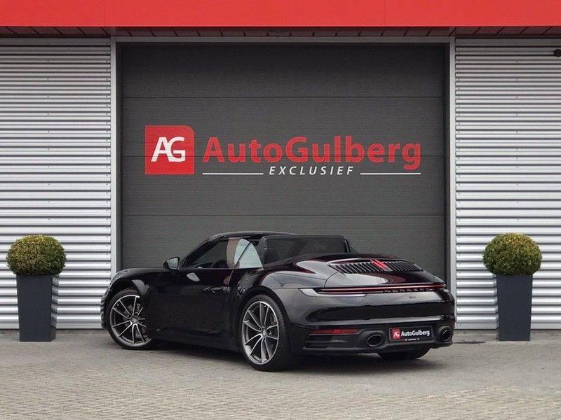 Porsche 911 Cabrio 3.0 Carrera 992 ACC, Sport/Chrono, Sportuitlaat, 14 Way, 360* Camera, Lane Assist, PASM, PDLS Plus, 21INCH afbeelding 2
