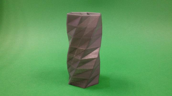 3D Print - Twisted Vase