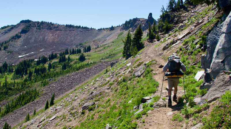 The PCT continues to make an easy climb along a ridge
