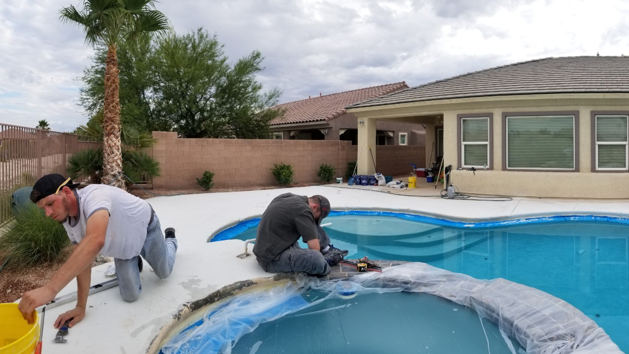 concrete-pool-deck-restoration--fixing-03
