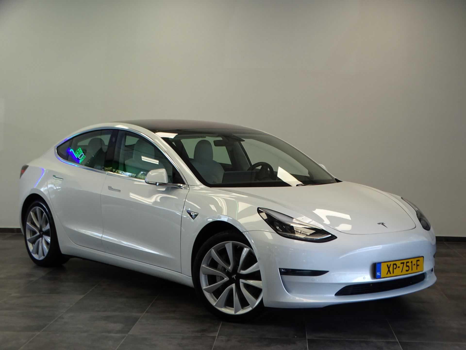 "Tesla Model 3 Long Range | prijs ex.btw 44.450,- | Wit Wit 19""LM% Bijtelling"