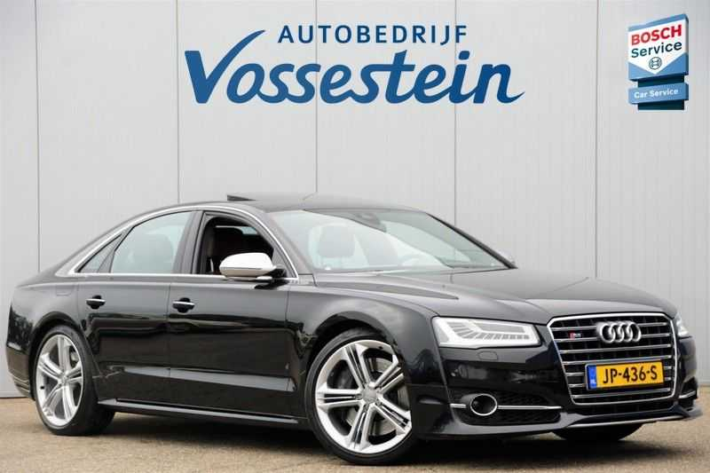 Audi S8 4.0 TFSI quattro Pro Line+ / B&O / Nightvision / Side- & Lane assist / Schuifdak / Head-Up afbeelding 2