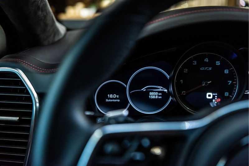 Porsche Cayenne Coupé 4.0 GTS | Head-up-Display | BOSE | Adaptieve luchtvering afbeelding 3