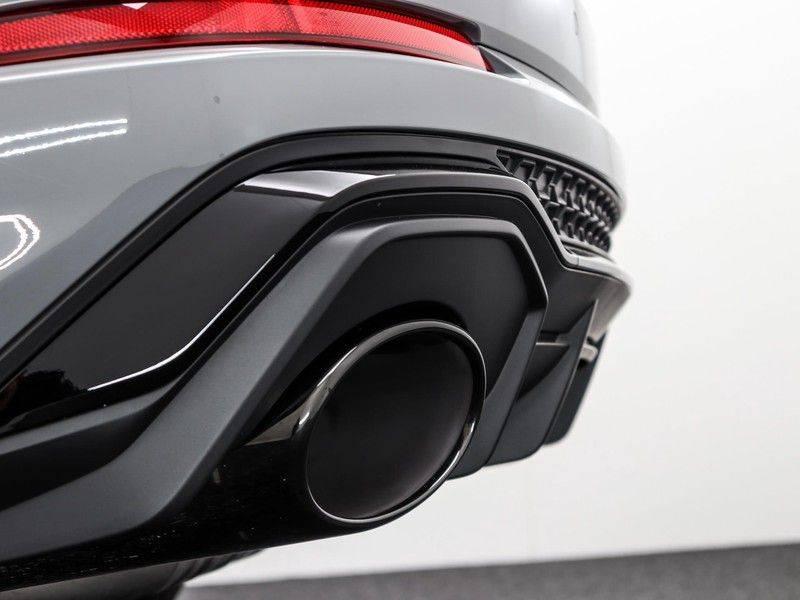 Audi Q3 Sportback TFSI RS 400 pk | Pano.Dak | Camera | Adapt.Cruise | Trekhaak| | Zwart Optiek | Alcanatara | RS Dynamic | afbeelding 24