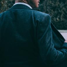 Retouche veste ou manteau par des couturiers certifiés