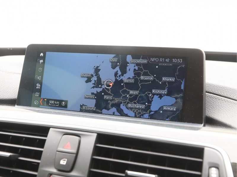 BMW 3 Serie Gran Turismo 320i High Executive Luxury Line Automaat afbeelding 17