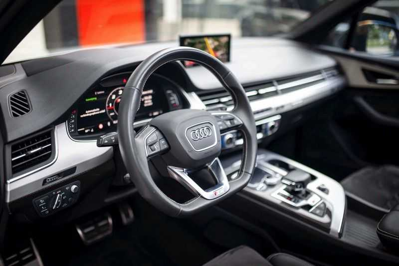 Audi SQ7 4.0 TDI Quattro *4 Wielbesturing / HUD / BOSE / Pano / 360 Camera / Nachtzicht* afbeelding 8