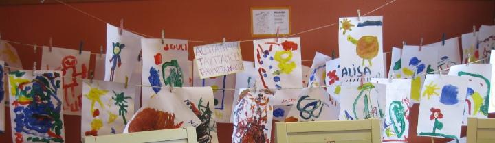 Lasten maalauksia