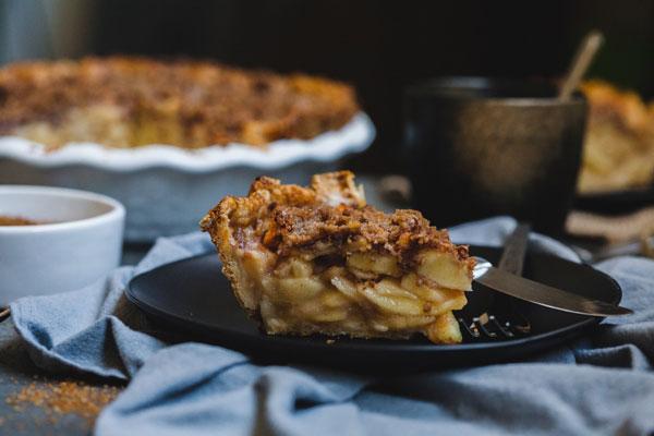 Dutch Apple Pie With A Cheddar Cheese Crust