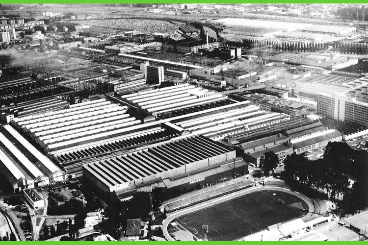 Stade et usine