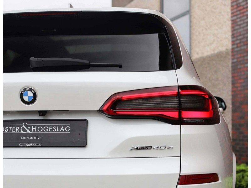 BMW X5 xDrive45e High Executive *Luchtvering*HUD*Pano*Laser*Harman/kardon* afbeelding 16