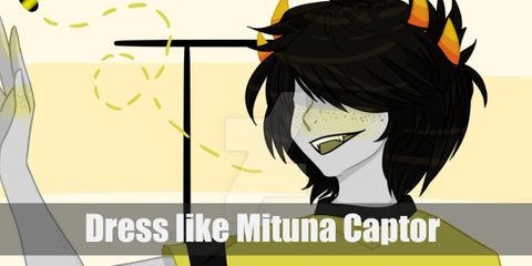 Mituna dresses like Litula Pyrope but in different colors. His is a combination of black and yellow. He also has on a yellow helmet with a red-blue visor while his four horns are visible.