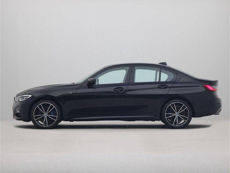 BMW 3 Serie Sedan 330e High Executive M-Sport Automaat afbeelding 12