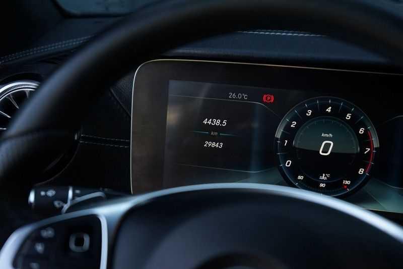 Mercedes-Benz E-Klasse Coupé 200 Premium Plus AMG, Pano, Burmester afbeelding 8