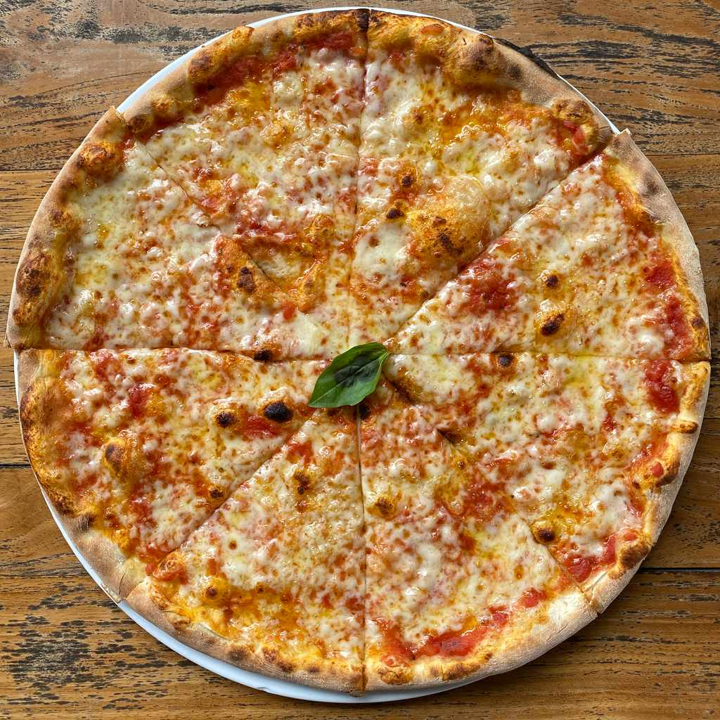 pizza: margherita