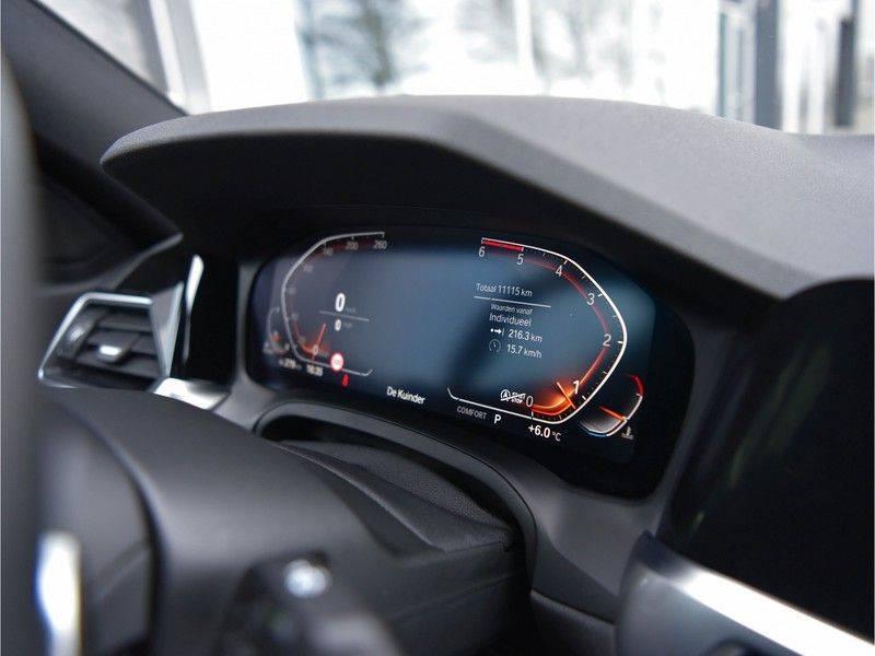 BMW 3 Serie 320d 190pk M-Performance Dak Laser HUD El-Memo Standk DA HiFi Keyless Live-Cockpit afbeelding 9