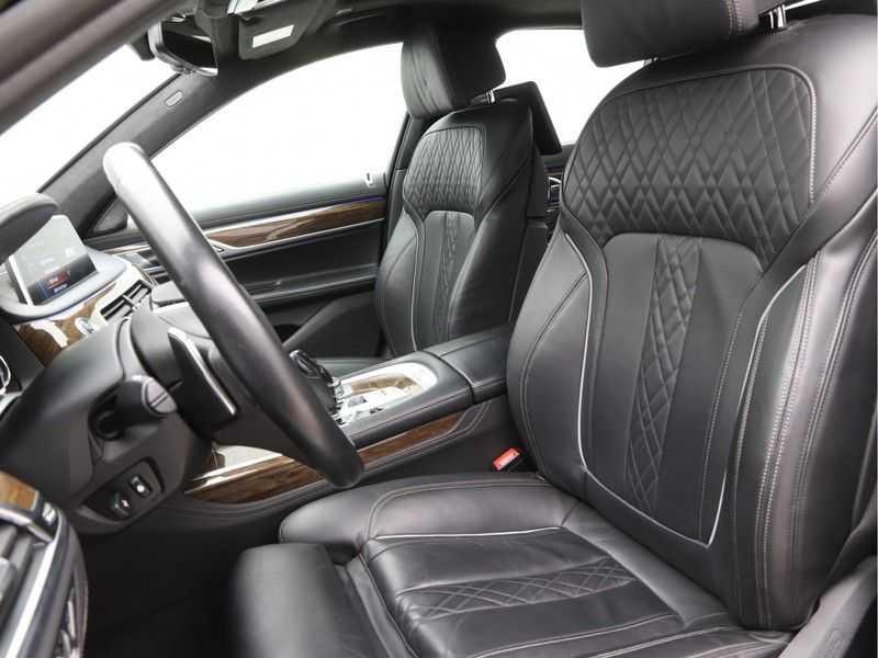 BMW 7 Serie 750i xDrive High Executive M-Sport afbeelding 9