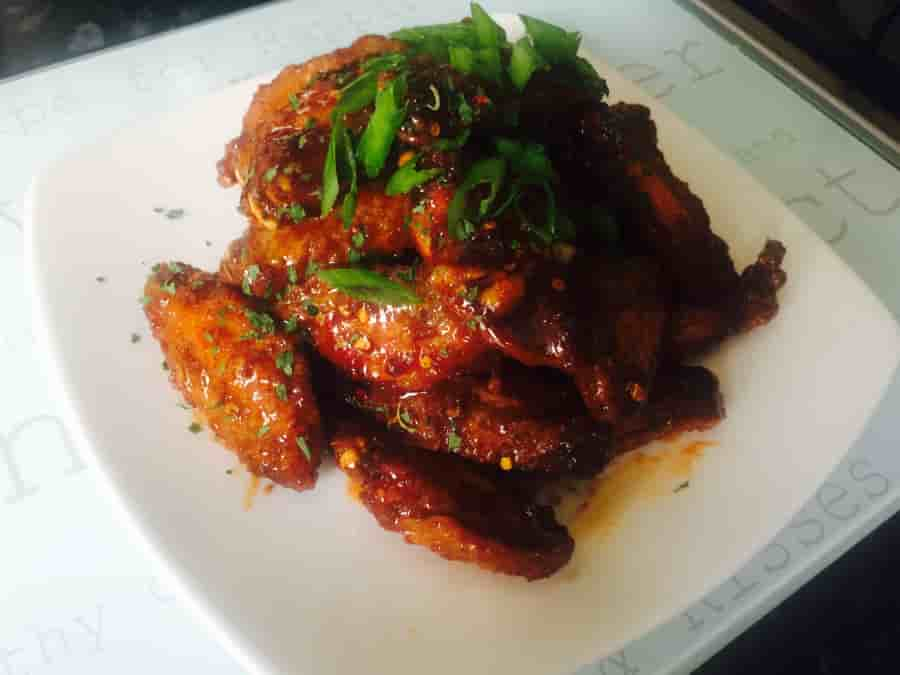 Honey Siracha Chicken Wings!